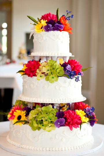 3-tier Wedding Cake with Flowers