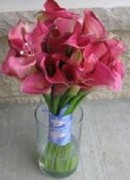 [Image: Pink minature calla liies with clear silver crystal sprays.]